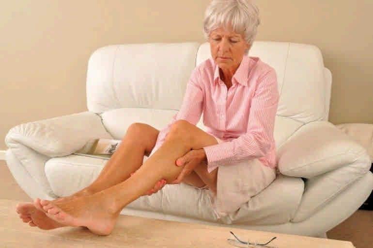 Почему болят ноги: причины и способы лечения