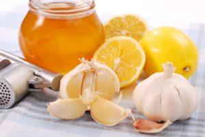 Рецепт с медом, лимоном и чесноком